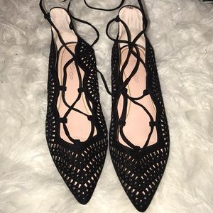 Black top shop flats